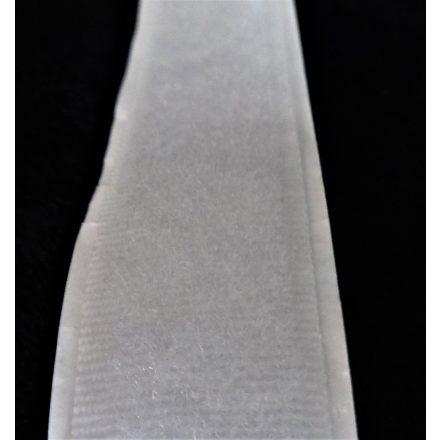 Öntapados tépőzár szalag csak bolyhos része, 2 cm széles, fehér színű.