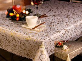 Karácsonyi terítő arany inda mintával 100x100 cm - kétoldalas.