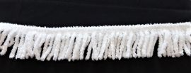 Fehér zsenília rojt - függöny rojt 6cm hosszú.