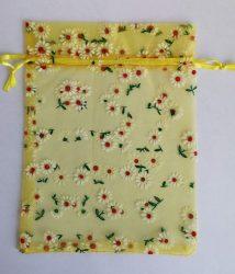 Organza szalag többféle színben 36 cm széles.