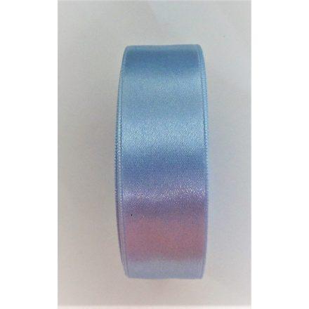 Szatén szalag 25 mm széles, világoskék színű.