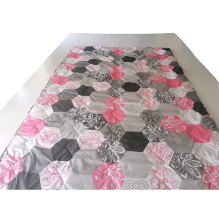 Szürke - rózsaszín pillangó mintás vékony nyári paplan 135x200 cm