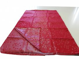 Piros alapon ezüst csillag mintás kétoldalas terítő 140x180 cm