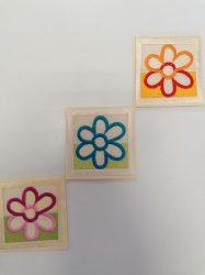 Színes virág mintás folt - applikáció