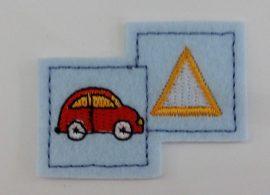 Vasalható applikáció - folt autó háromszöggel.
