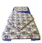 Szíves mintás nagy méretű ágytakaró 240x260 cm.