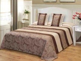 Ágytakaró hímzett barna drapp virágos mintával 220x240 cm